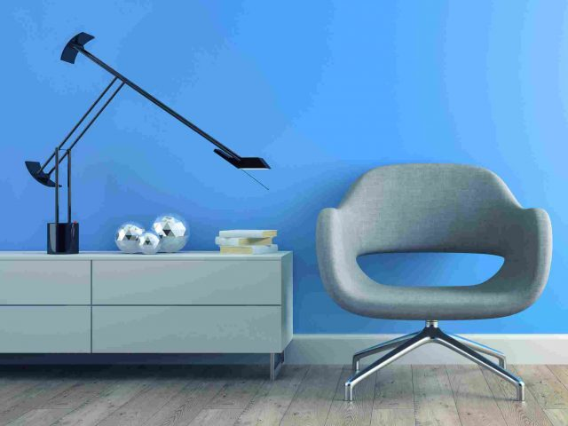 https://www.archiverde.it/wp-content/uploads/2017/05/image-chair-blue-wall-640x480.jpg