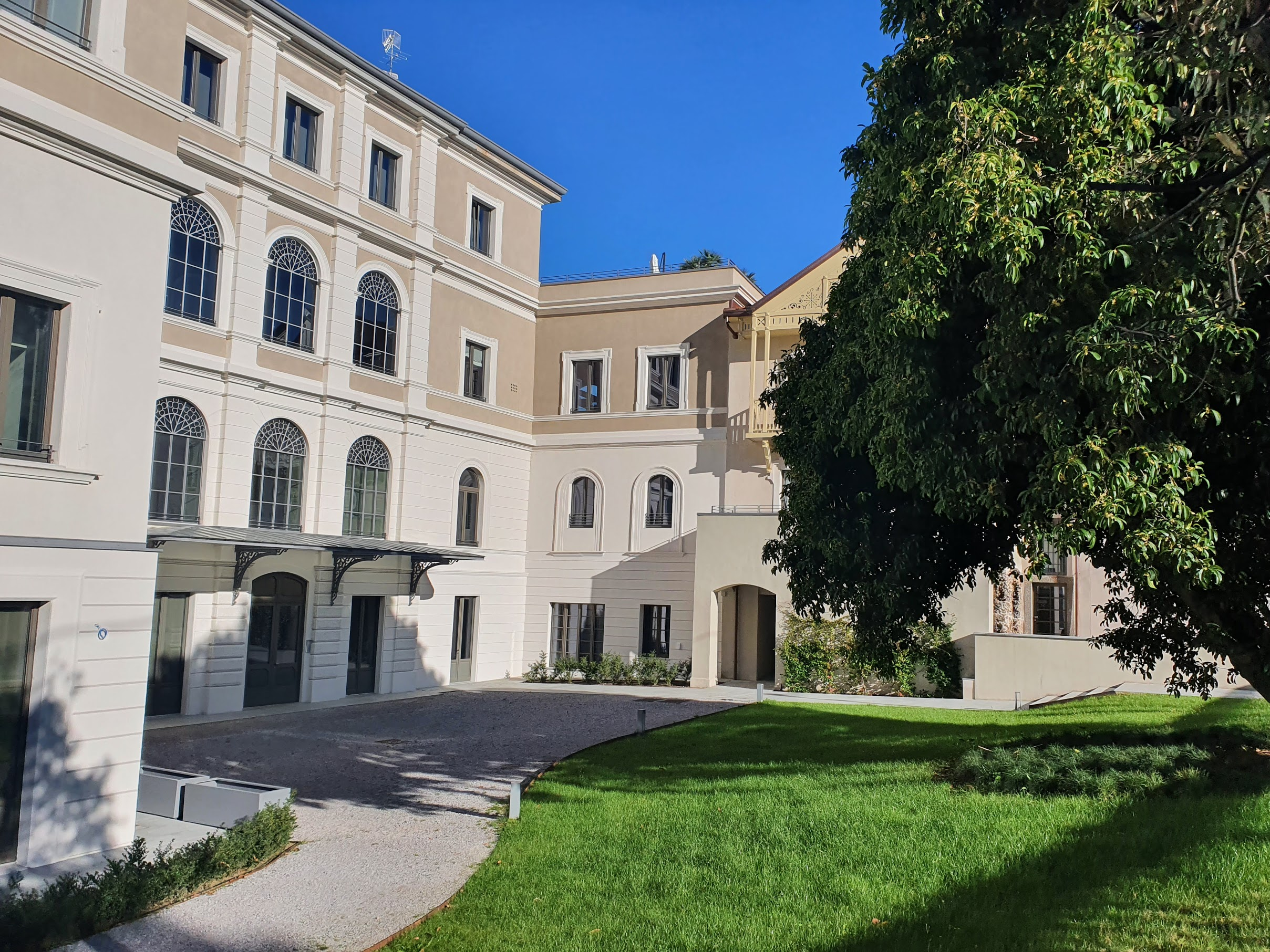 Villa-cantoni-4